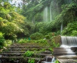 Lombok: Benang Kelambu and Benang Stokel Waterfalls Trek